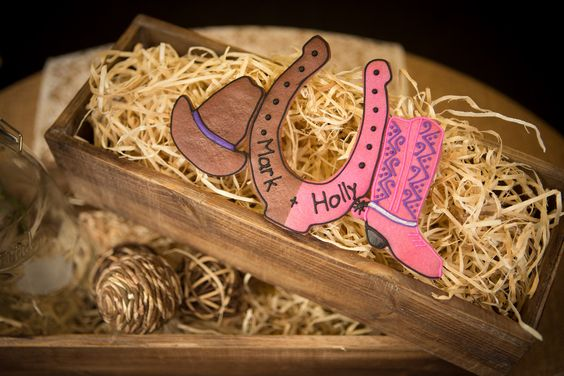 Horseshoe, cowboy hat and boot centerpiece  country western themed wedding, edible.