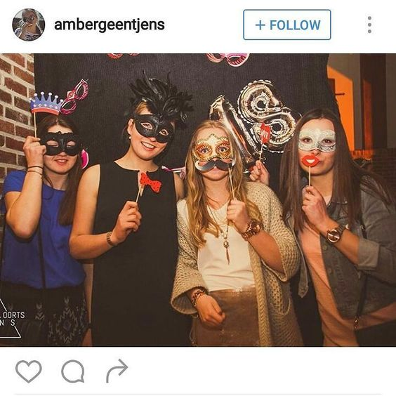 So much fun! This is the best idea for an 18th or big birthday bash add a photobooth and you have yourself a crazy fun night. . . . . . #masquerademask#masqueradeball#cosplay#anime #halloween#costume#prom #mask#masquerade#fashiondiaries #lifestyleblogger#pursuepretty #party #birthday party #dressup #event #dressedup #femmefatale #masqueradeparty #fun #props #costumes #pretty #party #formal #homecoming #shopaustralia