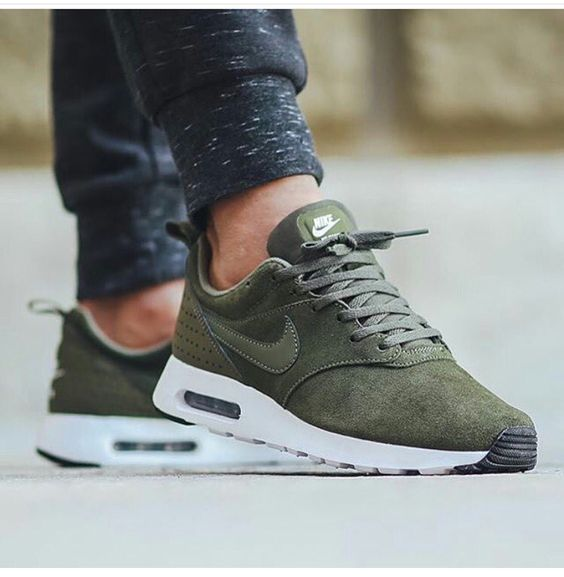 Suede nike green trainers