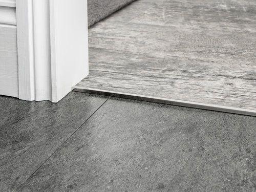 Premier Trim Squarecap In Brushedchrome Flooring Doorbar Hardfloor Http Stairrods Co Uk Square Cap Hardf Bevel Carpet Accessories Carpet Fitting