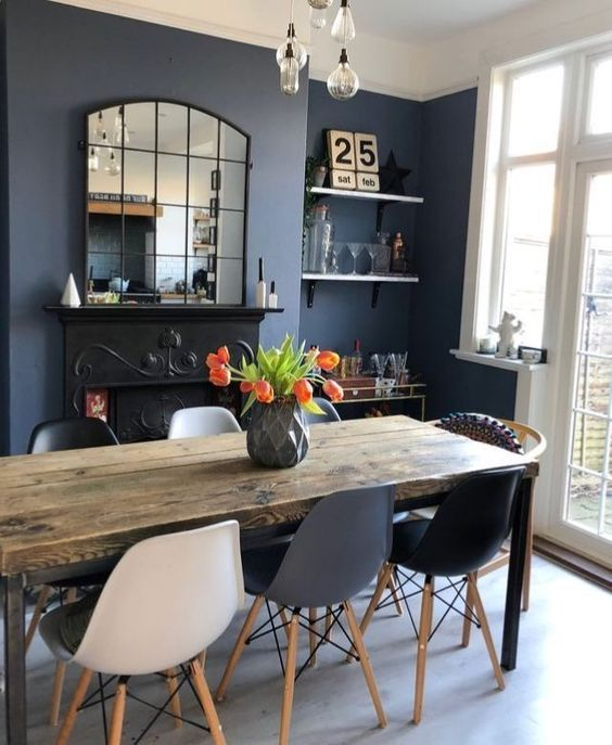 Dinning Table Delivery Use Easymove App Dark Dining Room Home Living Room Dining Room Decor