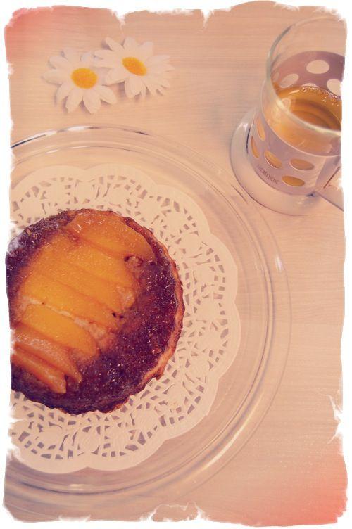 Pastel Invertido de Mango y Coco