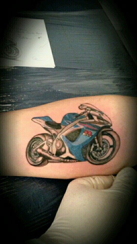 Tattoo gsxr suzuki  par Ambiance Tattoo.