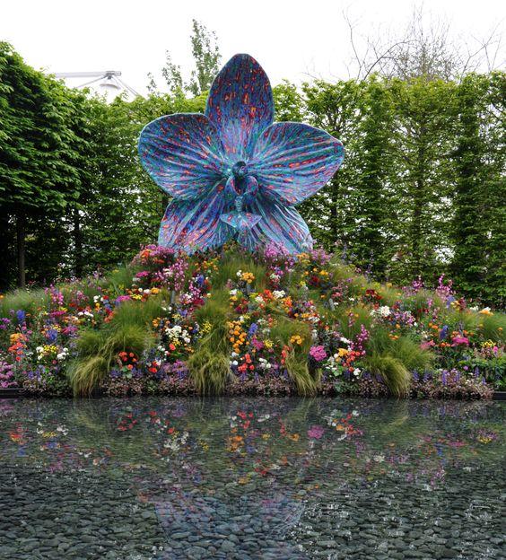 marc quinn u0026 39 s sculpture garden at the chelsea flower show 2013