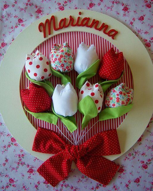 Quadro Tulipa - Porta Maternidade by Artes de Pano / Joana, via Flickr: Baby, Picture Of, Boxes, Crafts, Tulipanes De