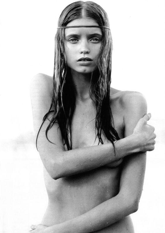 Tisja Damen ... 'Those. Summer. Desires.'