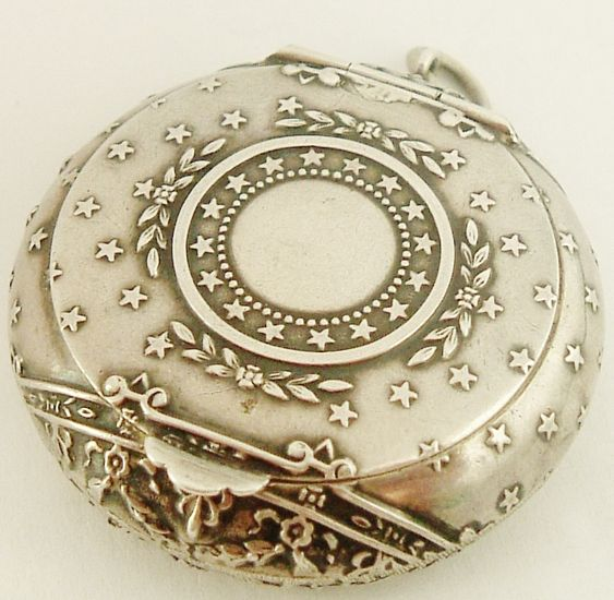 Antique French 800-900 Silver 'Poudrier' Compact locket for chatelaine. LOVELY <3 @