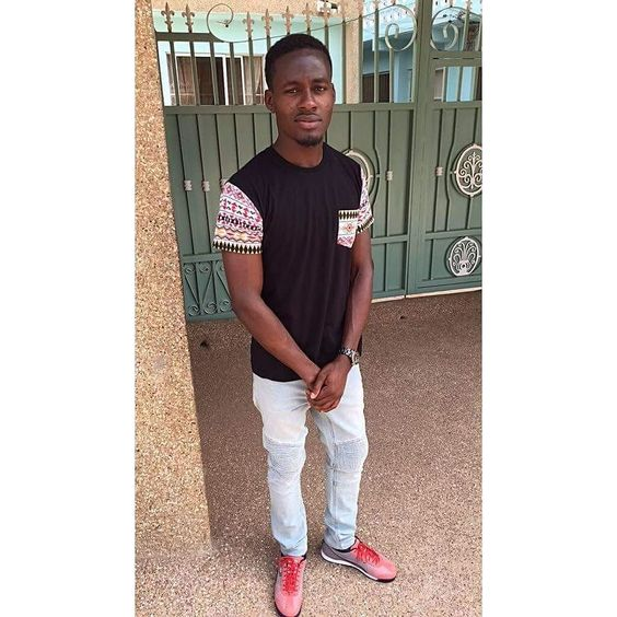 Blessed Earthday the brother. Known him about 6years now but never set eyes on him. He was https://t.co/kJie5TsMad https://t.co/ov2Oysatpp Fiifi Adinkra (@fiifiadinkra) posted a photo on Twitter