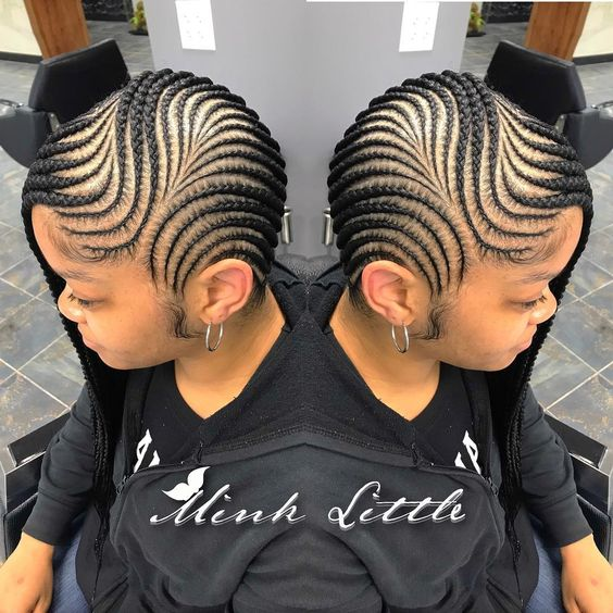 So satisfying to look at 😍 Click link in bio to an appointment (select book online tab)  #feedins #feedinbraids #feedincornrows #minklittle…