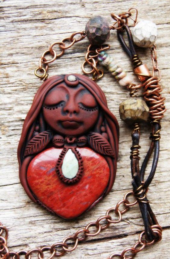 Red Jasper Ruby in Fuchsite and Copper Shaman Goddess di TRaewyn
