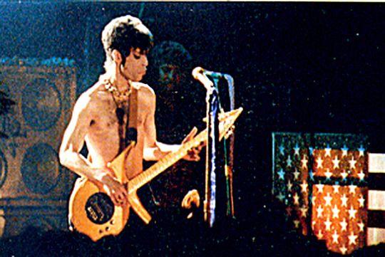 Prince • 1995 'The Gold Experience' Era - Bataclan: