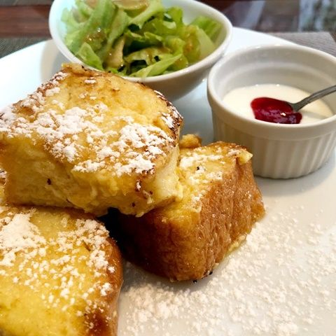 岡山市南区 洋食カフェもみじ堂本店 でモーニングのふわふわフレンチトーストを食べてきました おかやまのおと フレンチトースト 食べ物のアイデア 洋食