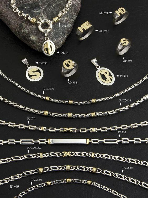 Pulseras y cadenas masizas de plata y oro. Dijes de iniciales de plata y oro