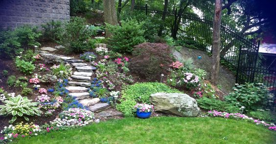 Last spring, first time planting the new steps. Can't wait for this gardening season!