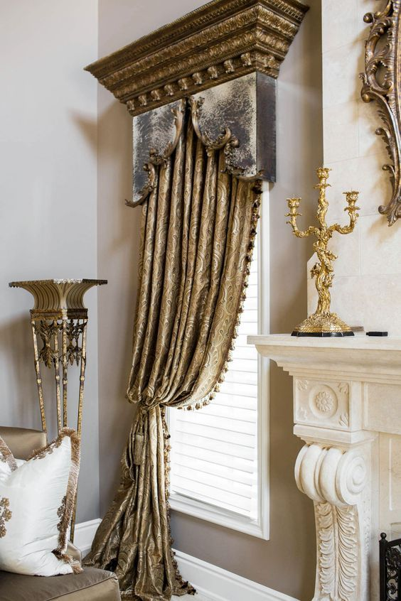 Mirrored Cornices Old World Historical And Formal Draperies