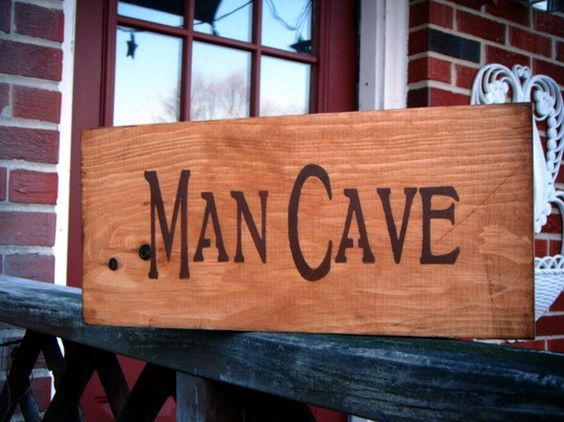 Man cave cheap decor inexpensive decorating ideas to for Cheap man cave decorating ideas