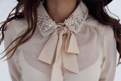 Long sleeved blouse with beads and bow collar