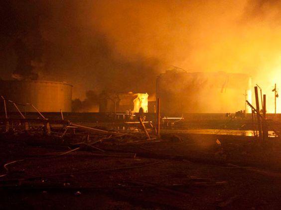 Fotos: la tragedia de Amuay desde adentro, vía @infobaeamerica