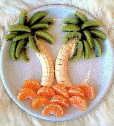 palmera elaborada con frutas de invierno. Un buen postre o merienda