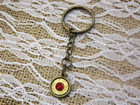 Brass Bullet Keychain - Bullet Jewelry-  30 06 Bullet - Gun Key Chain - Brass Bullet Casing - Redneck Jewelry - Hunting - Camo  #country #cute #southern #sassy #rustic #southernbelle
