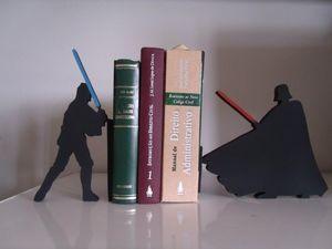Aparador do Luck e Darth (Star Wars)