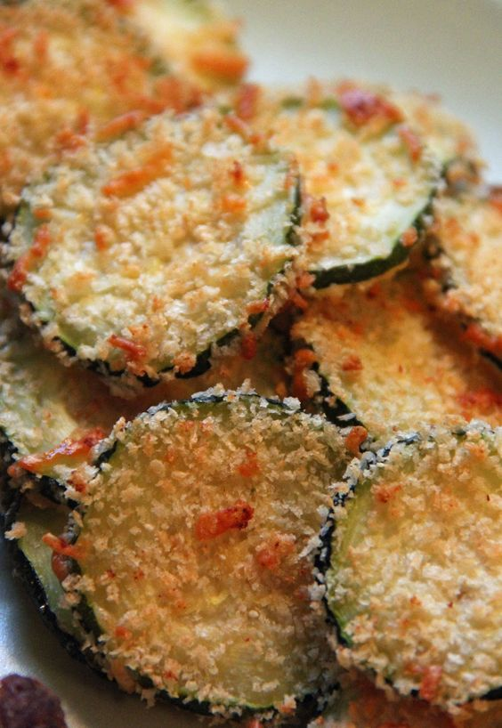 Baked zucchini chips, Zucchini chips and Zucchini on Pinterest