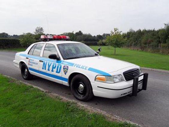 Super Star Famous Wedding Cars - NYPD Wedding Car - Star Car Hire - www.crazylilweddings.com
