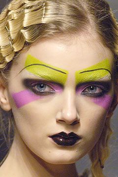 colour blocking, geometric shape, contrast