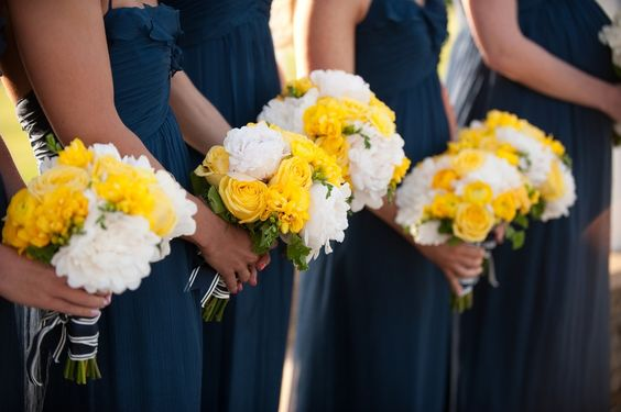 Newport wedding with a beautiful navy, white and yellow color palette and elegant nautical influence. Floral design by @Toni Chandler. Photography by lauriebailey.com