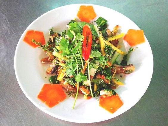 Món này khá dễ ăn cũng như được người dân Campuchia ưa chuộng