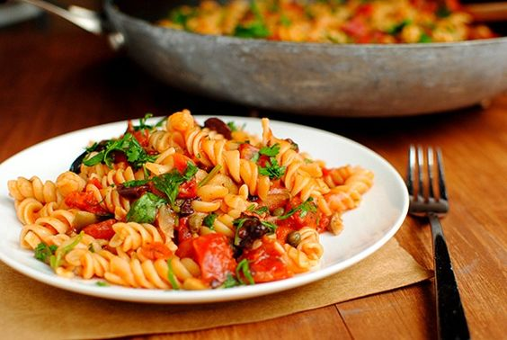 One-Skillet Pasta Puttanesca: The pasta cooks right in the tomato sauce.