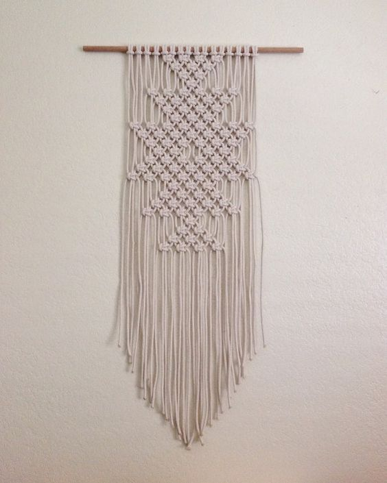 macrame wall hangings and the o 39 jays on pinterest. Black Bedroom Furniture Sets. Home Design Ideas