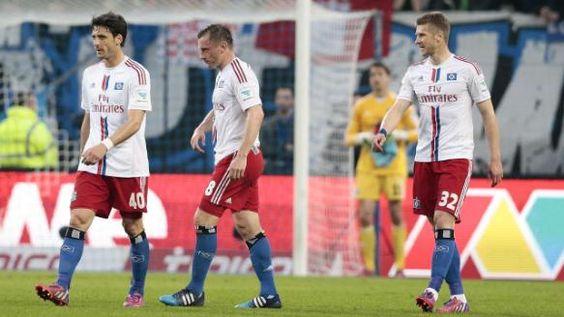 Nach Labbadias Freudentanz: So schön jubelten Klopp & Co diese Saison http://www.bild.de/sport/fussball/trainer/so-schoen-jubeln-die-bundesliga-trainer-40888176.bild.html