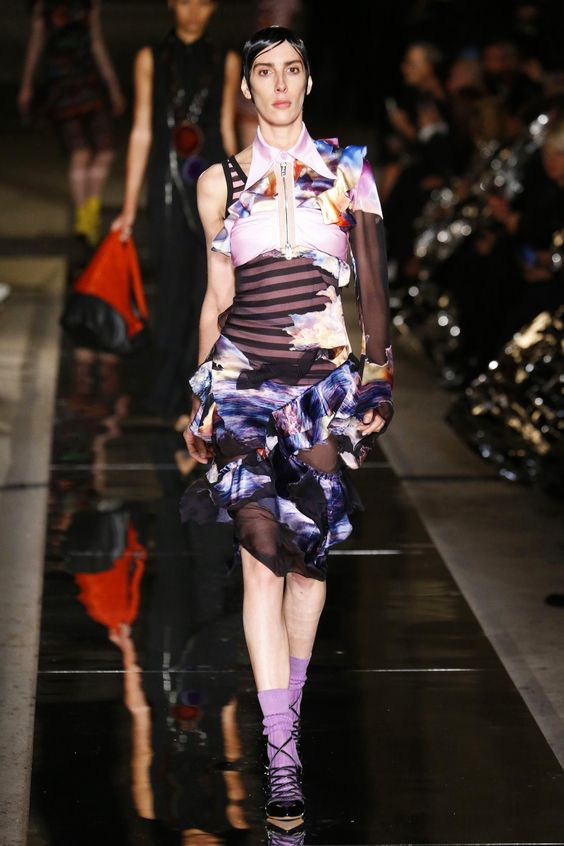 Givenchy | Ready-to-Wear Spring 2017 | Look 31