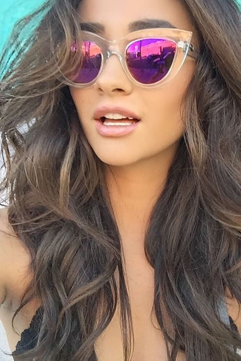 Shay mitchell, Love this and Glasses on Pinterest