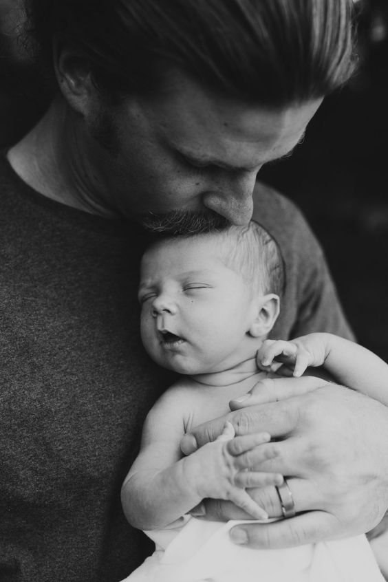 Father and Daughter | Newborn Baby Photography #dad #dadlife #baby #cuteness #parents #daddy