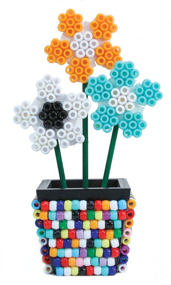 Nicole crafts pony bead flower pot kids craft moore for Beads for craft projects