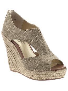 pretty shoes...