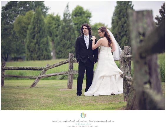 Chelsea + Daniel's wedding at Lenora's Legacy. Image credit: Michelle Brooks Photography.