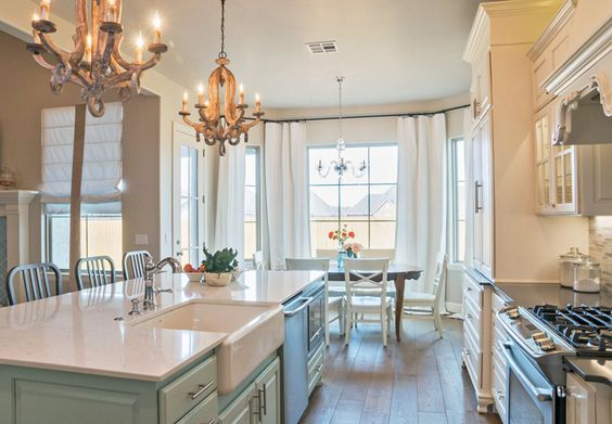 kitchen + dining area | Bella Vici
