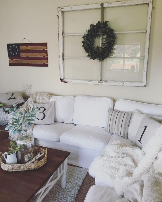 Living room decor  #rusticdecor #farmhousestyle #whiteandwood #livingroom #intereiordecorating #whitecouch #rustic #farmhouse #cottagestyle #cozyhome