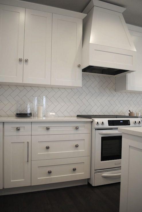 white kitchen herringbone subway tiles backsplash decorpadcom - White Subway Tile Backsplash