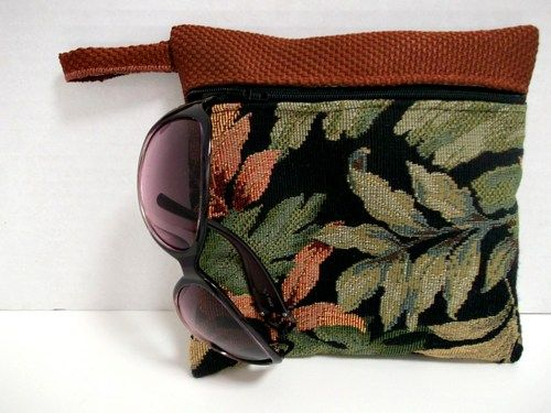 Makeup Organizer , Purse Organizer , Leaf Print Purse , Seaside Plus  | ClassA - Bags & Purses on ArtFire