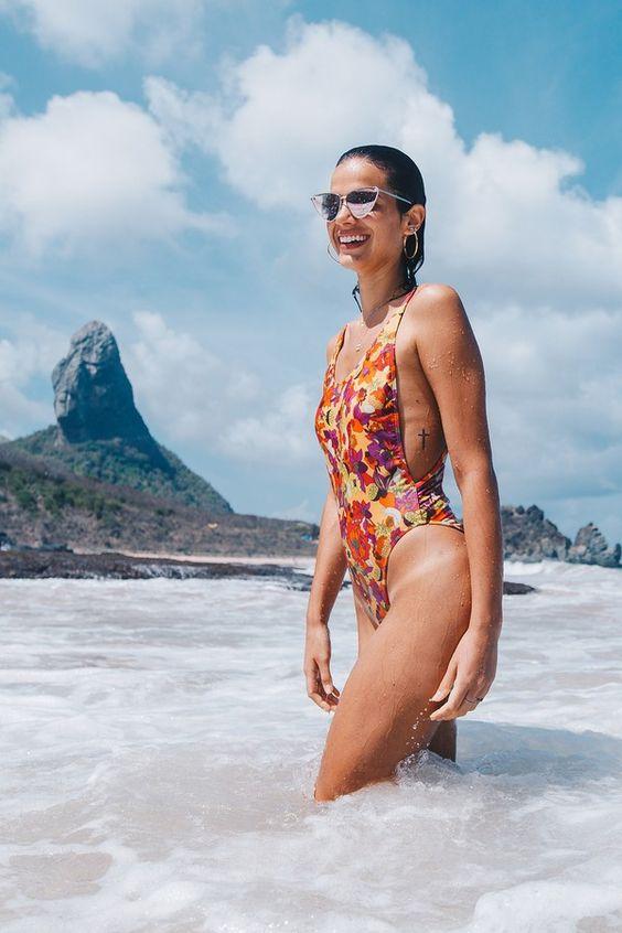 22 biquínis e maiôs de Bruna Marquezine para usar no verão 2019 - Revista Glamour | Fashion news