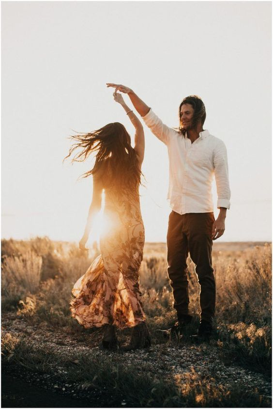 browyn  mitch : desert engagements  India Earl Photography