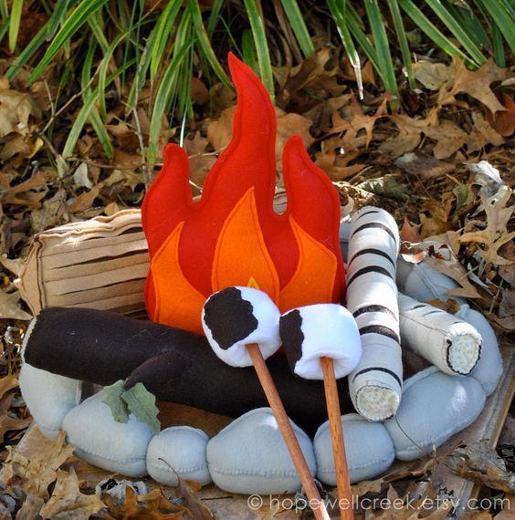 Kids Felt Campfire Toy With Felt Marshmallows Playset
