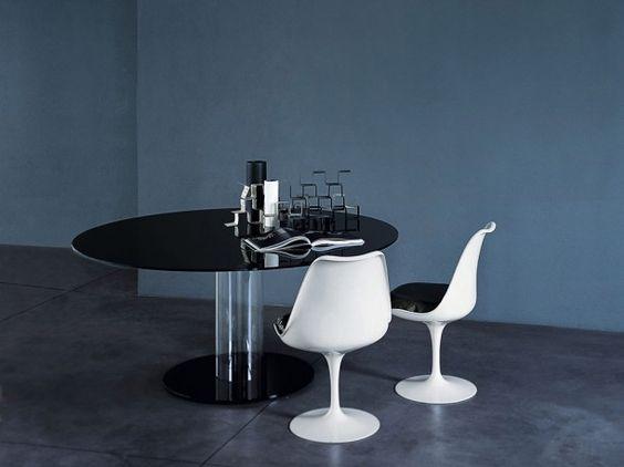 HUB TAVOLI ALTI dining table designed by Piero Lissoni for GLAS ITALIA.    #hub #hubtavolialti #tavolo #table #diningroom #pierolissoni #glasitalia #interiordesign #design http://santiccioli.com/en/collections/?filter=product&name=hub-tavoli-alti