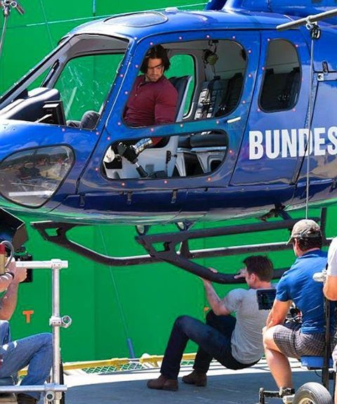 BUCKY'S IN THE COPTER?!?!?!??!