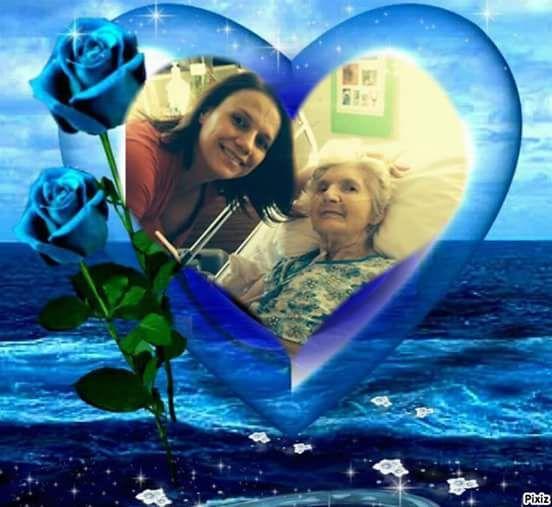 @penseeautonome moi son papa je vous offre cette photo de carole et sa grande maman