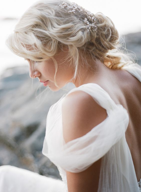 Dreamy tousled beach hair: http://www.stylemepretty.com/oregon-weddings/2015/09/04/romantic-seaside-bridal-boudoir-inspiration/ | Photography: Archetype Studio - http://archetypestudioinc.com/